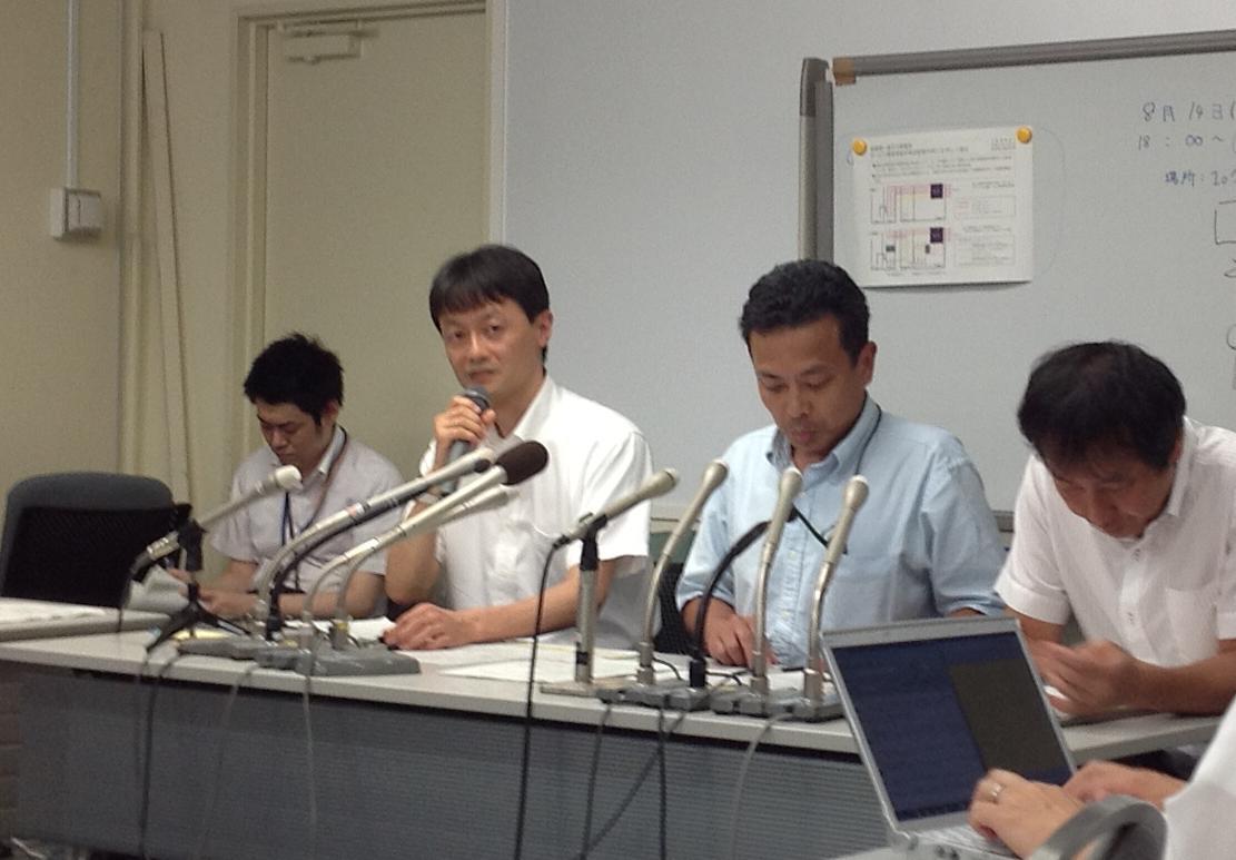 http://daily.magazine9.jp/m9/oshidori/kobayasisi.JPG%20%282%29.jpg